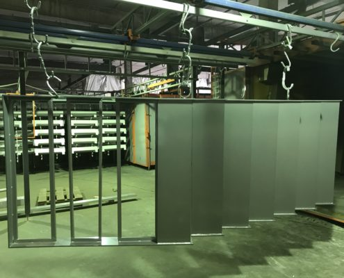 Порошковая окраска - Металлические ограждения для лестниц: перила и поручни